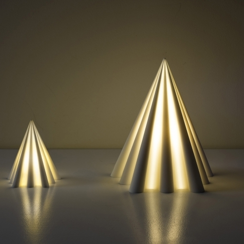 debbane pyramid medium, pyramid lamp medium, debbane pyramid medium