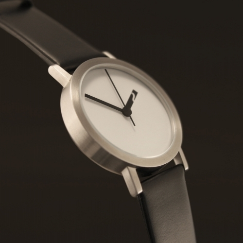 Extra Normal Grande Black/White | Normal watch | Timepieces