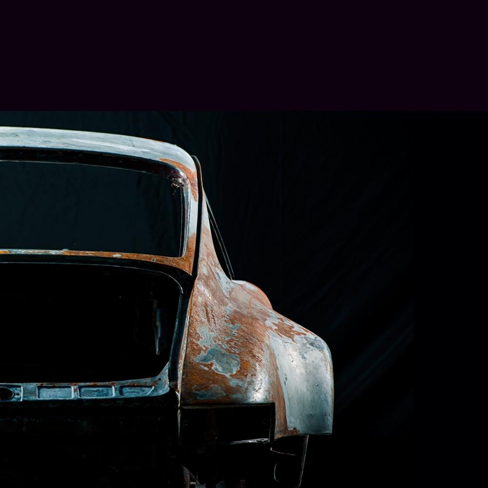 Photographs of deconstructed Porsche | Juan Fernando Ayora