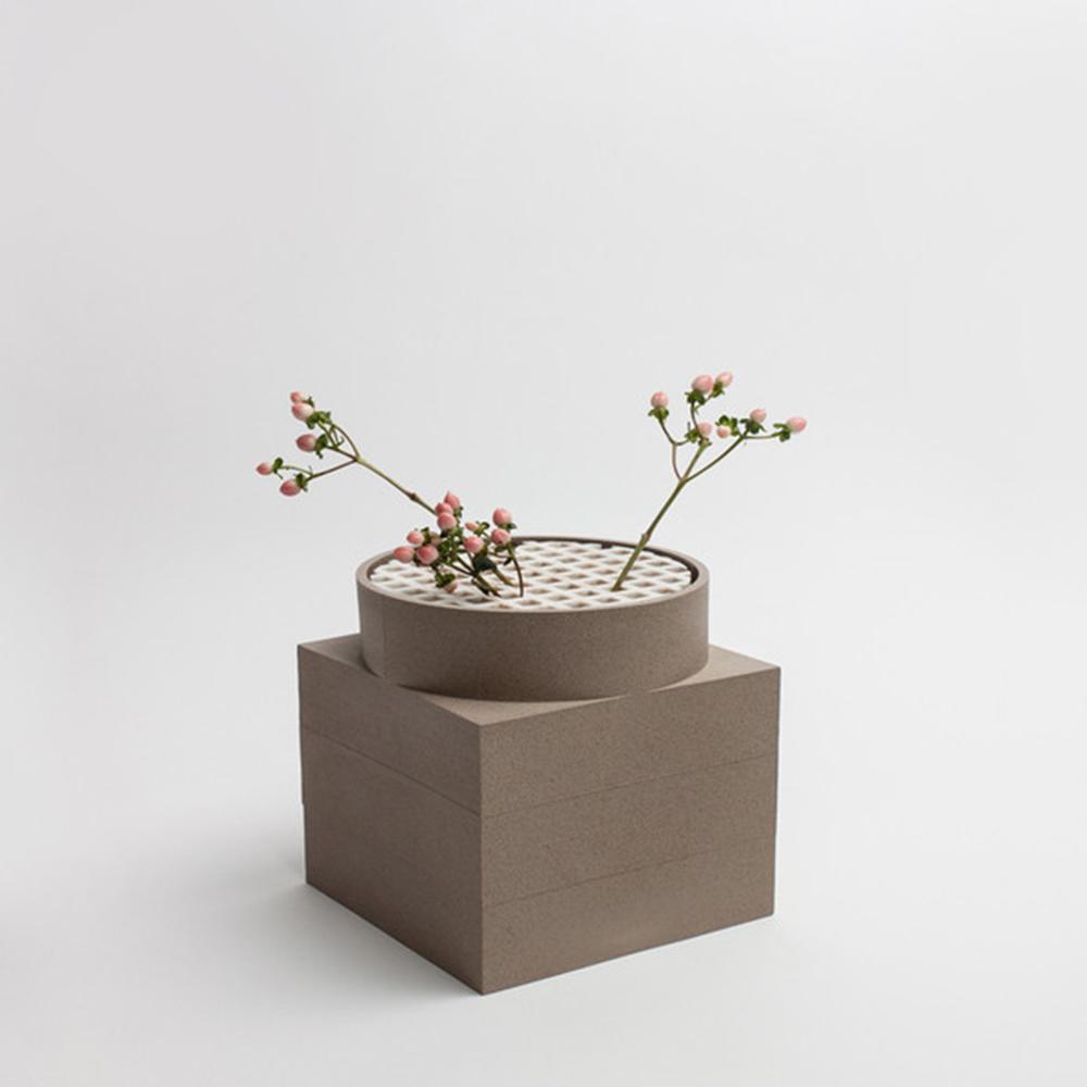 Tall Utility Vase   Brown   Luur