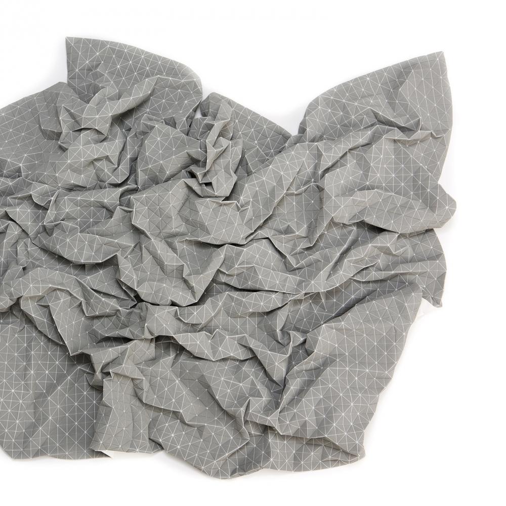 Folding A-Part Throw, Mikabarr