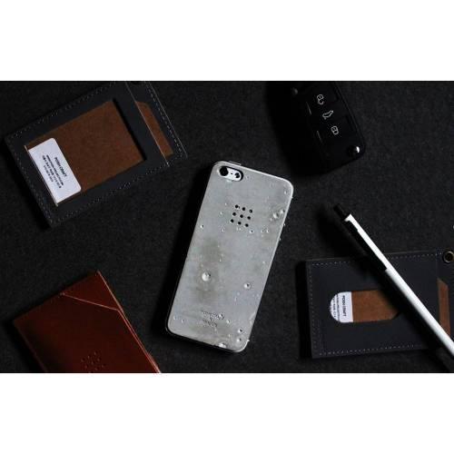 Luna Concrete Skin for Iphone 5/5s - Elegant Unique Concrete Case
