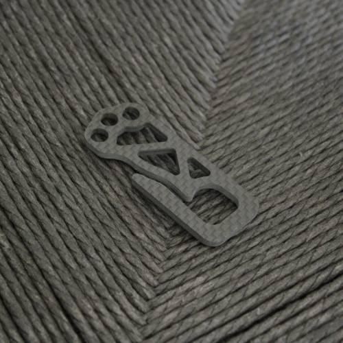 Carboneer Ultralight Minimal Carbon Fiber Key Clip | Bastion