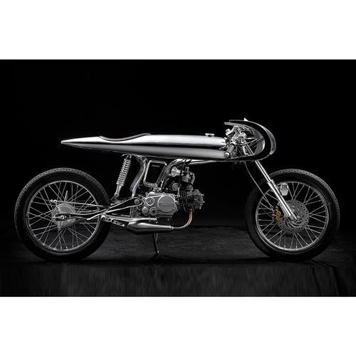 Eve Motorcycle | Chrome