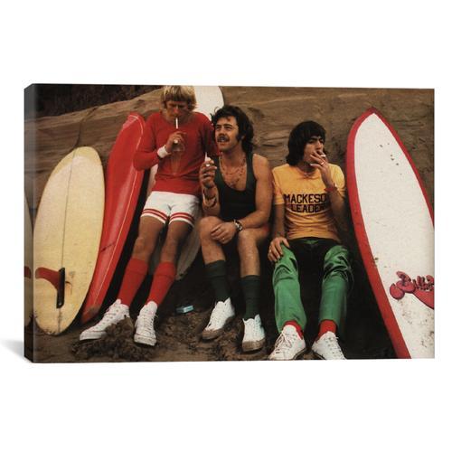 Sitting Surfers