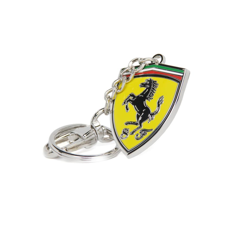Scuderia Ferrari Metal Shield Keyring   Motorstore